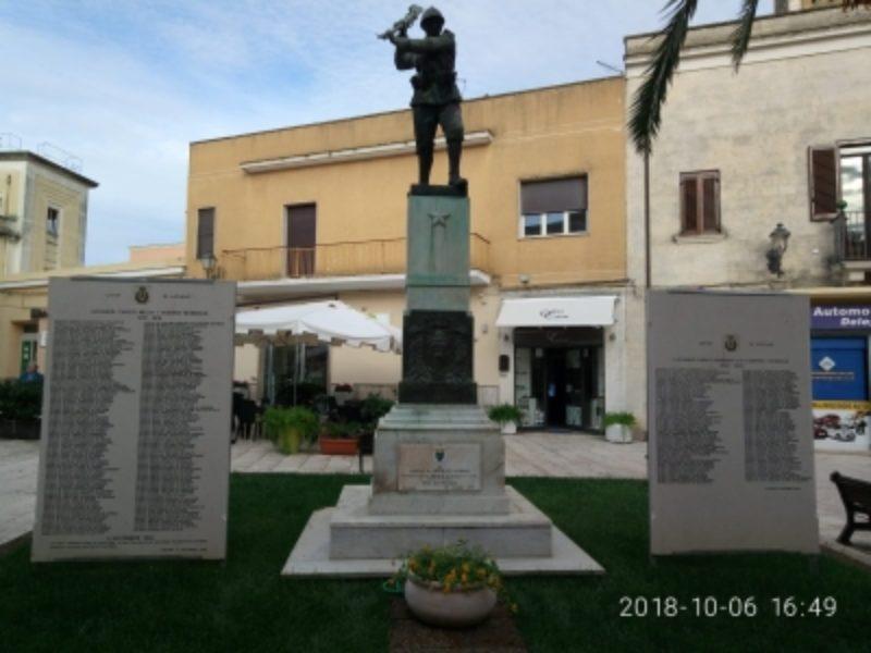 Lapide in onore dell'Ex Allievo Attilio Spinelli