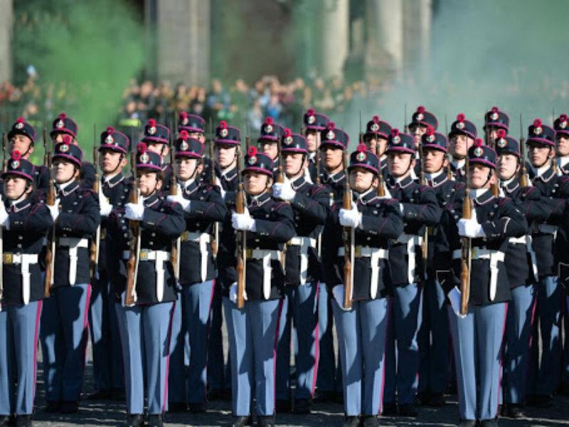 """Concorso per l'ammissione di giovani ai licei annessi alle Scuole Militari dell'Esercito """"Nunziatella"""" e """"Teuliè"""" – 2021"""