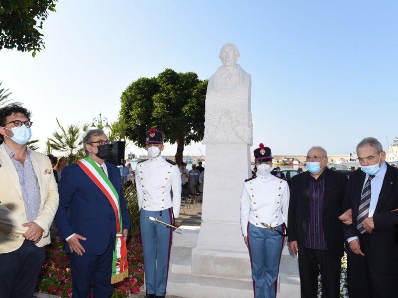Inaugurata stele in onore di Giuseppe Saverio POLI